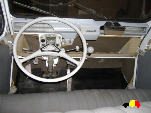 2cv azam6 produite vigo for Interieur 2cv